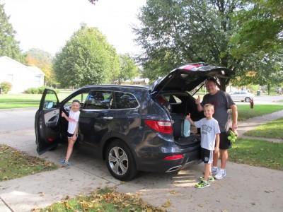 Packing_up_the_Hyundai_Santa_Fe_GLS