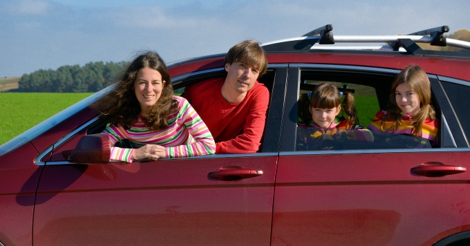 A family hanging out of the car? No. Turn your family trip into an educational road trip with these tips from a homeschooling mom.